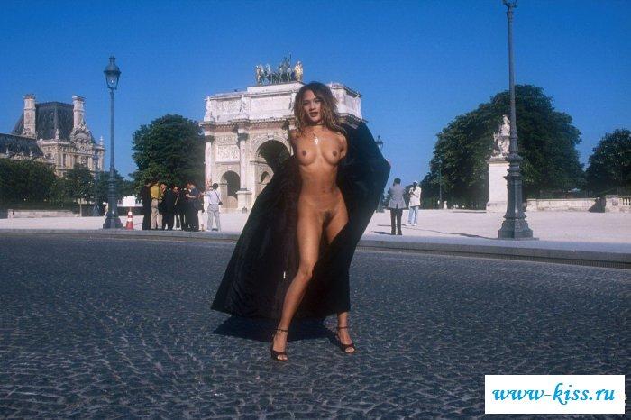 Французская эротика от симпатичной хулиганки